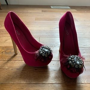 Aldo hot pink velvet heels with feather/jewels